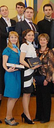 Image:Laureaty premii prezydenta 2011 (fragment).jpg